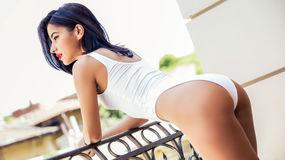 ElsaKhays vzrušujúca webcam show – Dievča na Jasmin