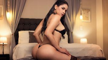 Show-ul fierbinte al lui NikkiFesser – Fata pe Jasmin