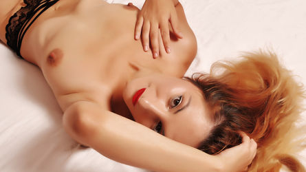 SarahPryce's profile picture – Mature Woman on LiveJasmin