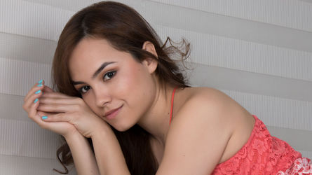 EmmaSims's profile picture – Girl on LiveJasmin