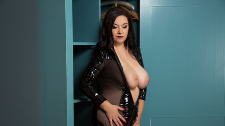 wantedsarah's profile picture – Mature Woman on LiveJasmin
