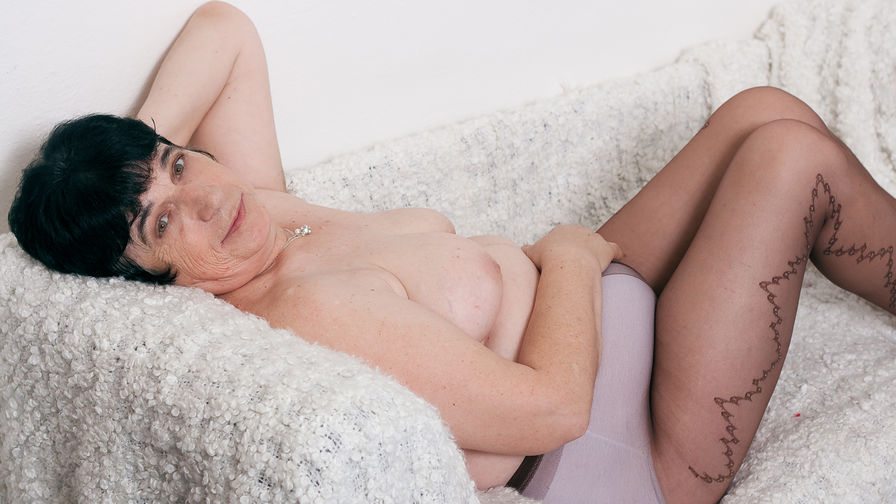 JollyGranny's profile picture – Mature Woman on LiveJasmin
