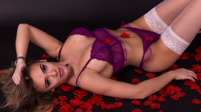 Show fierbinte la webcam SoniaJayy  – Fata pe Jasmin
