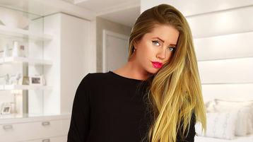AwesomeKery žhavá webcam show – Holky na Jasmin