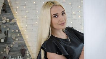 EmilyBlonds hete nettkamera show – Het flirt på Jasmin
