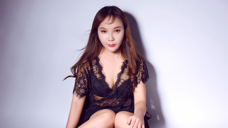 chinasexCarryのプロフィール画像 – LiveJasminのガールズカテゴリー
