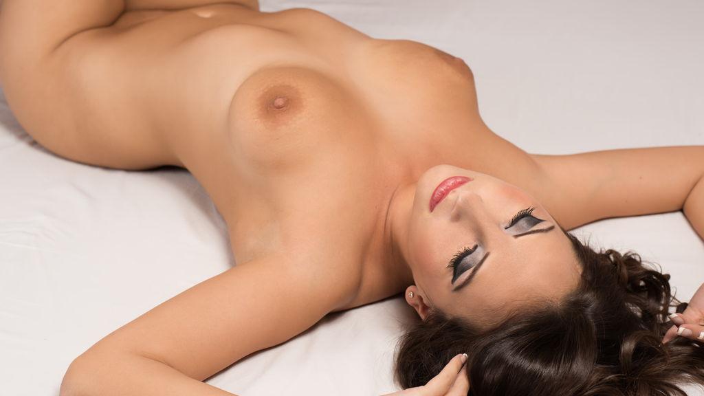 Alyiah's hot webcam show – Girl on LiveJasmin