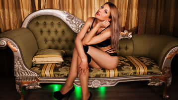 Araya's hot webcam show – Girl on Jasmin