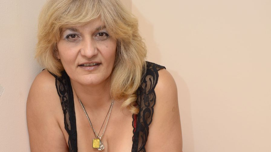 YourLady4xxxx's profile picture – Mature Woman on LiveJasmin