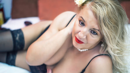 ClassyLidia's profile picture – Mature Woman on LiveJasmin