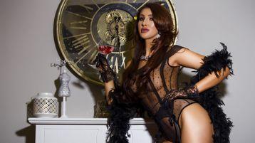 Gorący pokaz YvonneRiley – Dziewczyny na Jasmin