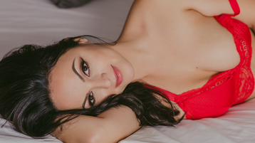 Issadorra's hot webcam show – Girl on Jasmin