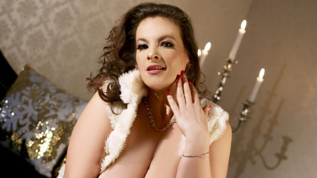 RebeccaNoble's profile picture – Mature Woman on LiveJasmin