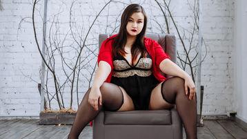 Show fierbinte la webcam MinaMoss  – Fata pe Jasmin