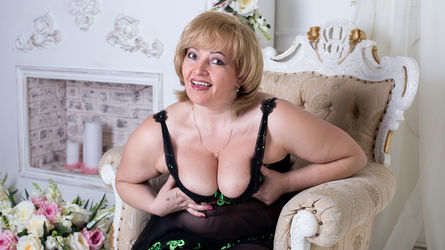 HelliNice's profile picture – Mature Woman on LiveJasmin