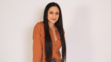 Show fierbinte la webcam RayleeBliss  – Flirturi fierbinti pe Jasmin