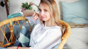 Show caliente de webcam de AbbyShiness – Flirteo Caliente en Jasmin