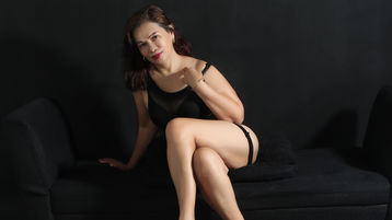 Sexy show su webcam di sexcmorena – Donna su Jasmin