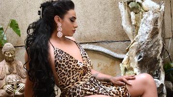 Show fierbinte la webcam luccianaferrer  – Transsexual pe Jasmin