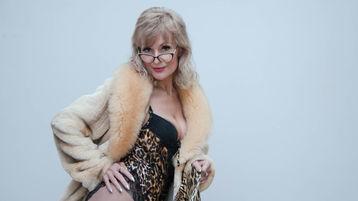 Show di sesso su webcam con NancyDixieLux – Donna su Jasmin
