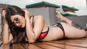 Show fierbinte la webcam RavenDagger  – Fata pe Jasmin