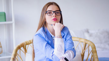 ChloeBett's hot webcam show – Hot Flirt on Jasmin