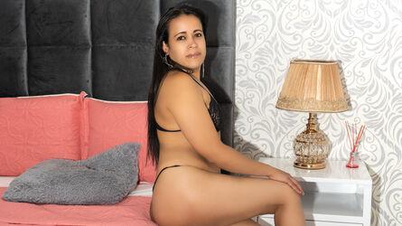 MelanieParis
