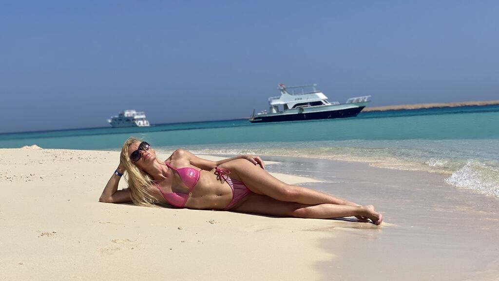 Sexy show su webcam di sexxyblue – Ragazze su Jasmin