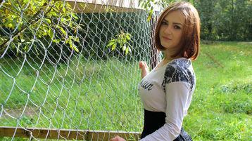 Show fierbinte la webcam BeautyBeautyMiss  – Flirturi fierbinti pe Jasmin