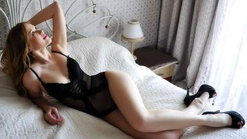 Show fierbinte la webcam AlexaGoddess  – Fata pe Jasmin