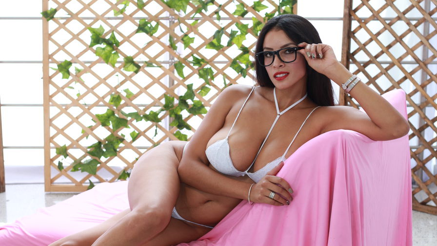 XIRSLYHOT's profile picture – Girl on LiveJasmin