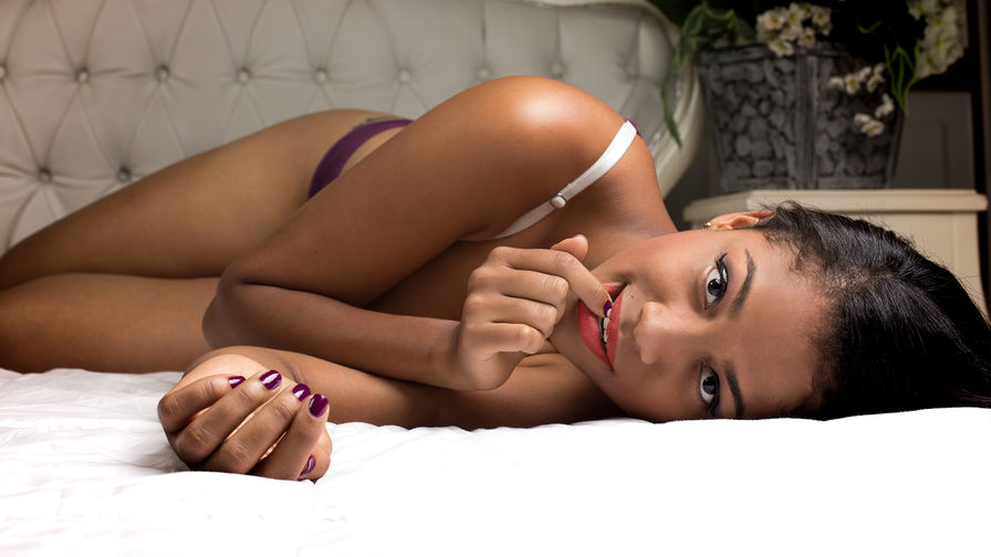 AlessiaDownes's profile picture – Girl on LiveJasmin