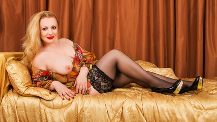 InsolentLeona's profile picture – Mature Woman on LiveJasmin