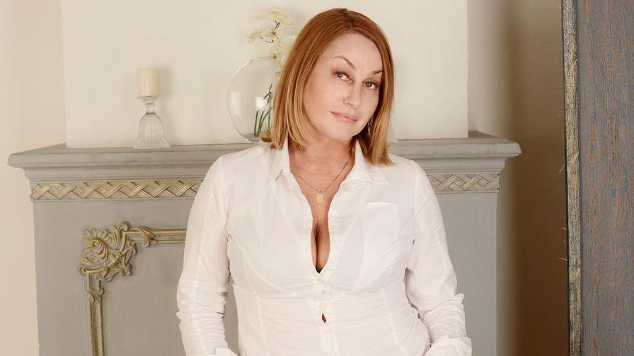 IlariaCeto fotografía de perfil – Mujer Madura en LiveJasmin