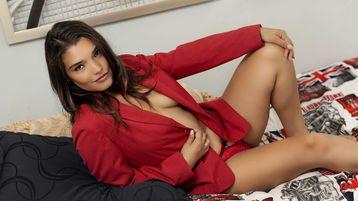Show fierbinte la webcam jennifercastillo  – Fata pe Jasmin