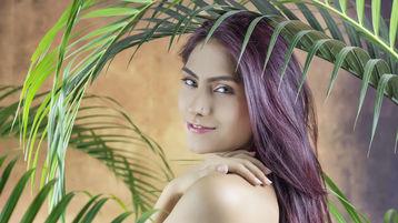 Show-ul fierbinte al lui CoralJones – Fata pe Jasmin