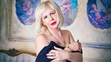 LadyVironika のホットなウェブカムショー – Jasminの熟女