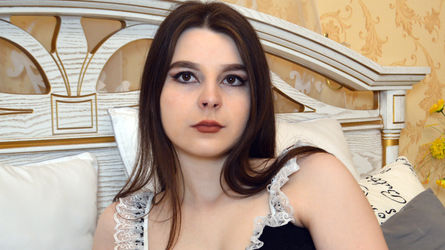 AnnyBarber