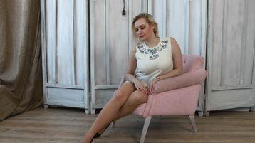 QueeenNicolee's hot webcam show – Love Life Adviser on Jasmin