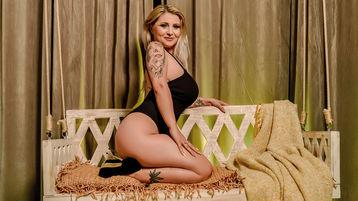 Show fierbinte la webcam StacySensual  – Fata pe Jasmin
