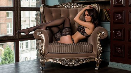 KittenTia18's profile picture – Girl on LiveJasmin