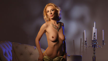 LillianTurner's profile picture – Mature Woman on LiveJasmin